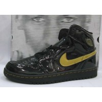Air Jordan 1 Retro Patent Leather Black Metallic Gold